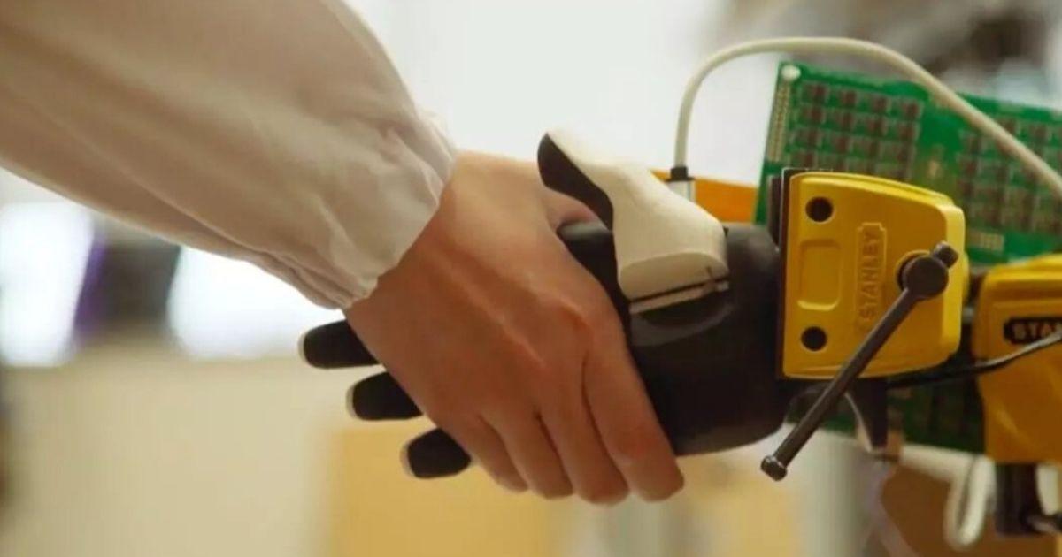 Zmysł dotyku dla robotów
