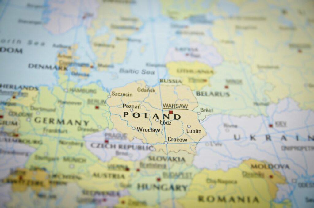 Mapa operatorów i ich zasięgiem 5G. Maszty staną w całej Polsce