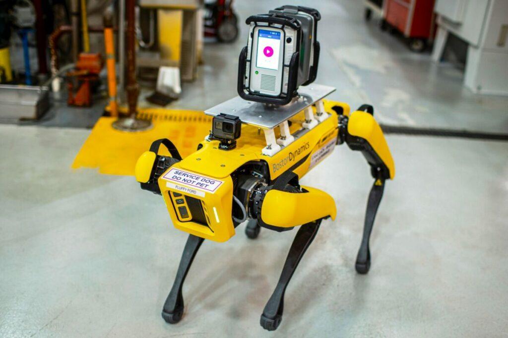 Boston Dynamics w fabryce Forda