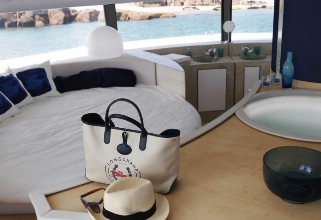 Pływający hotel Anthénea